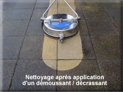 D moussage terrasses murs bord de piscine sol pierres for Monobrosse carrelage